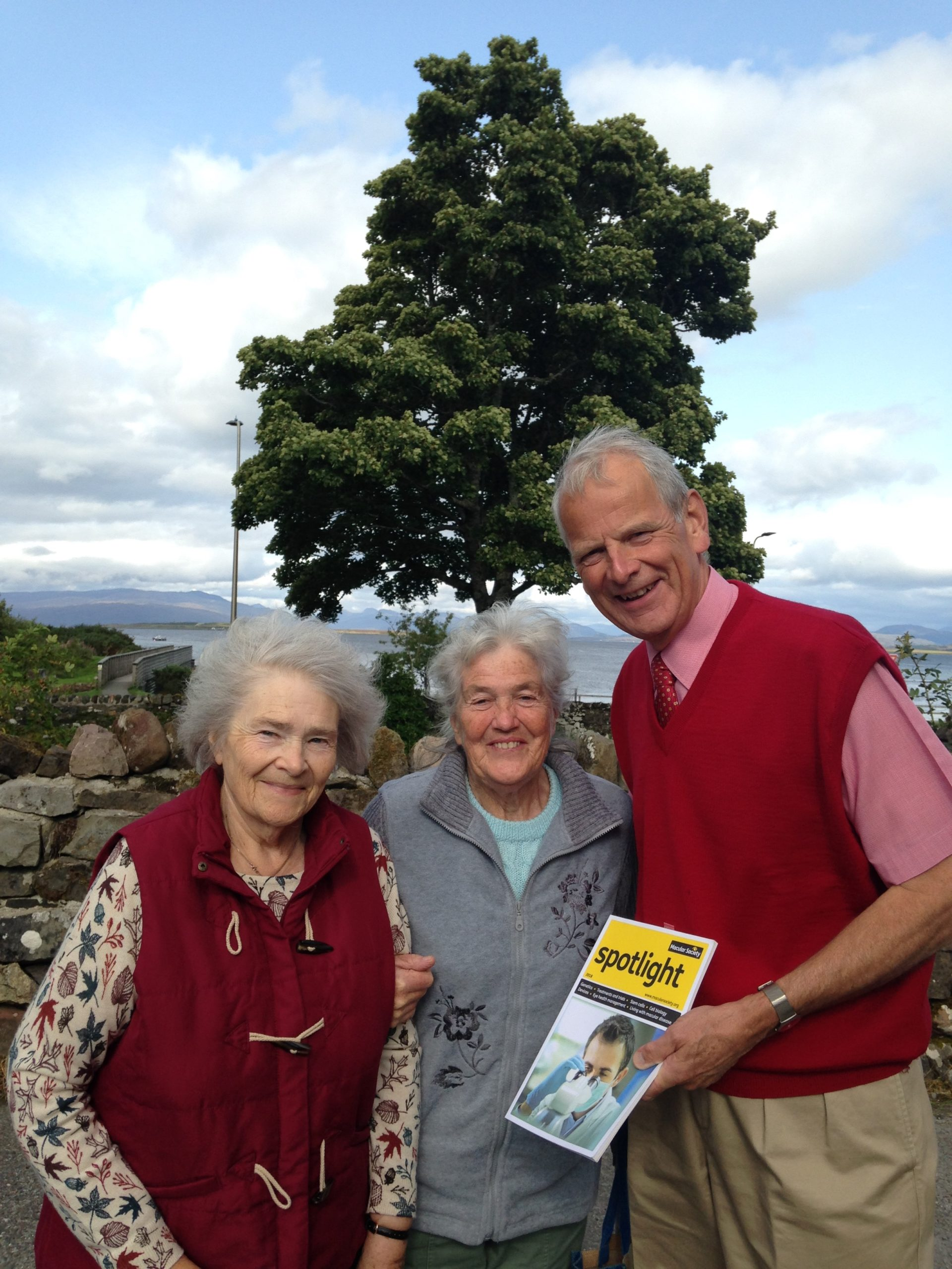 Macular Society John Furze with members of the Fort William Mac Support Group